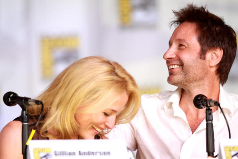 Gillian Anderson and David Duchovny of The X-Files